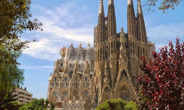 Sagrada Familia con subida a las torres